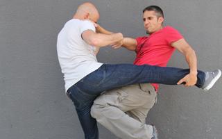 Boxe de rue - méthode de self défense conçue par l'ADAC.